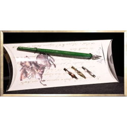 Green Pencil Set